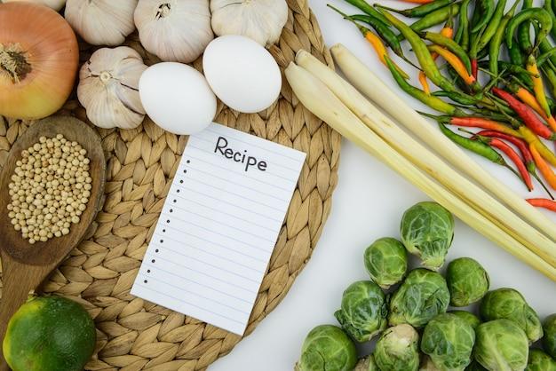 Ingrediente de cocina y vegetales
