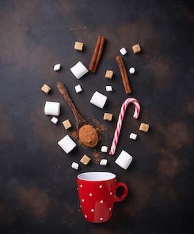 Ingredientes para cocinar chocolate caliente o bebida de cacao.