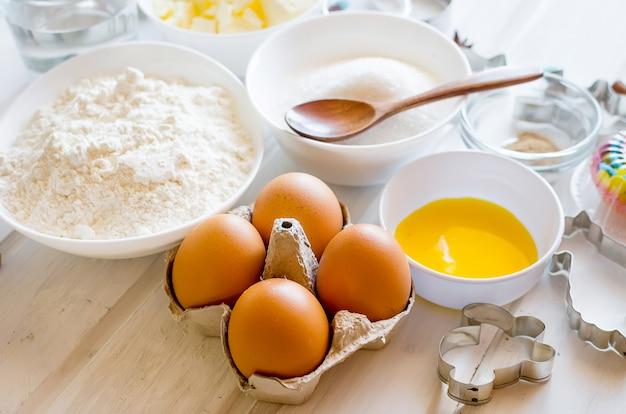 Ingredientes para hornear pan de jengibre o pastel