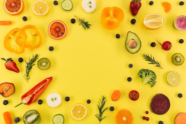 Los ingredientes de jugo y batido copian espacio