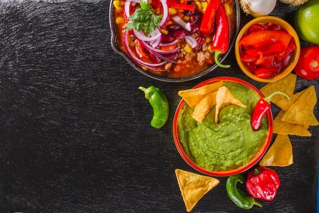 Ingredientes mexicanos frescos