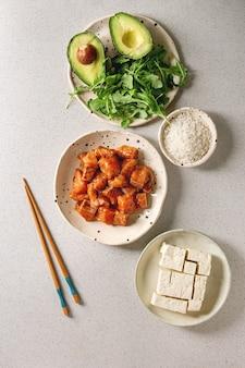 Ingredientes para poke bowl