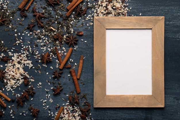 Ingredientes de té asiático matcha con espacio para maquetas