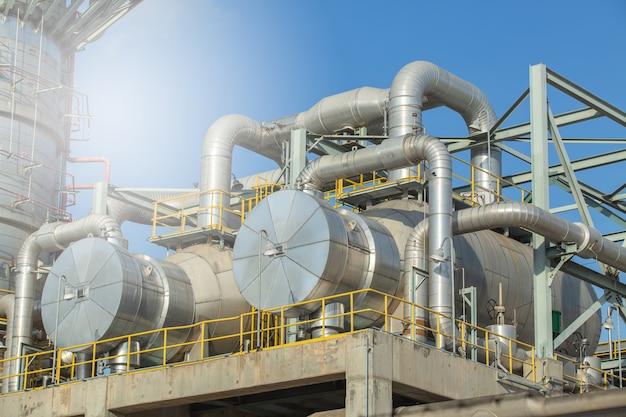 Intercambiador de calor y columna, planta de separación de gas de intercambiador de calor.