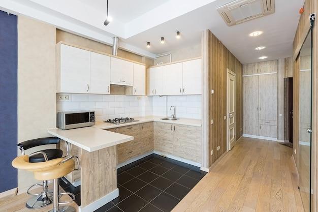 Interior de cocina de estilo moderno