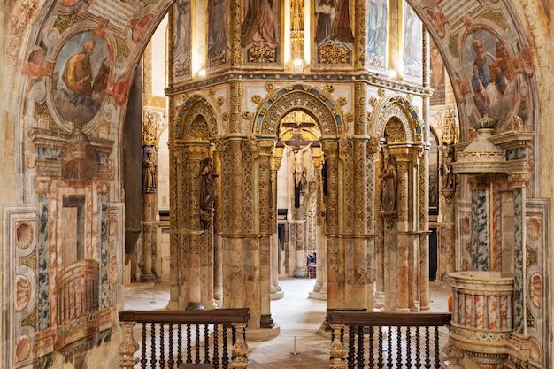 Interior del convento de cristo