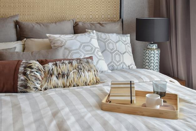 Interior de dormitorio con estilo