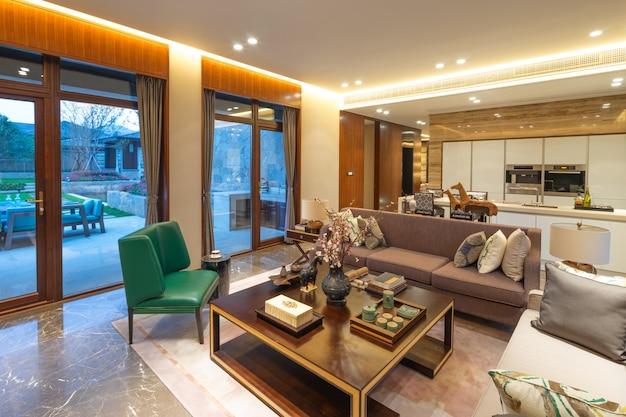 Interior de la sala de estar moderna.