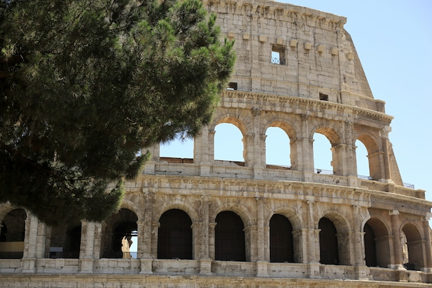 Italia Coliseo De Roma Ruinas Del Antiguo Anfiteatro Romano