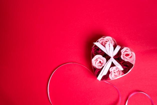 Jabon decorativo en forma de rosas.