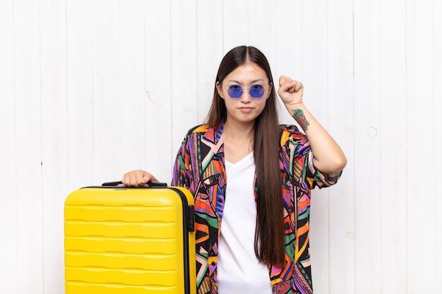 Joven bonita turista china