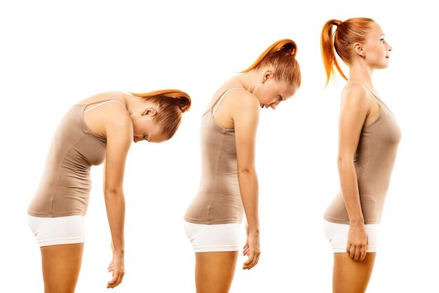 Joven, mujer, practicar, yoga, espina, rollo