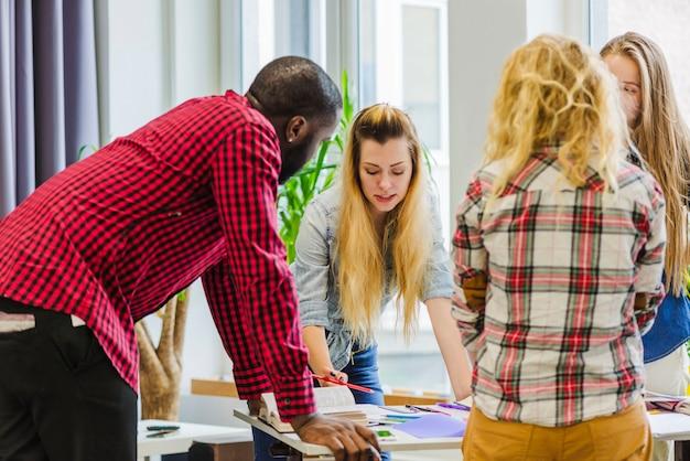Los jóvenes crean un nuevo proyecto