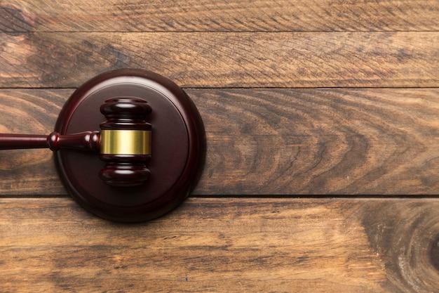 Juez de juez plano en bloque sonoro