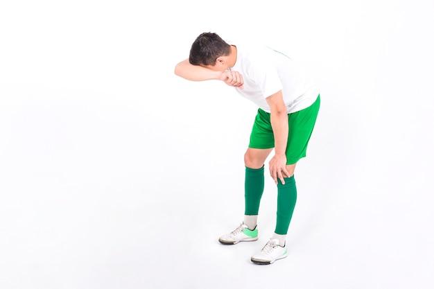 Jugador de fútbol cansado