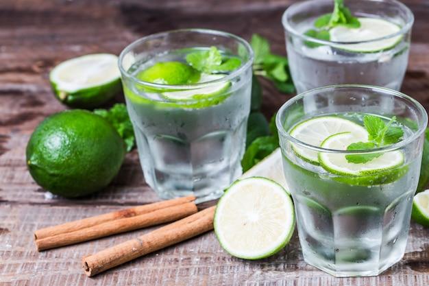 Jugo de limón verde