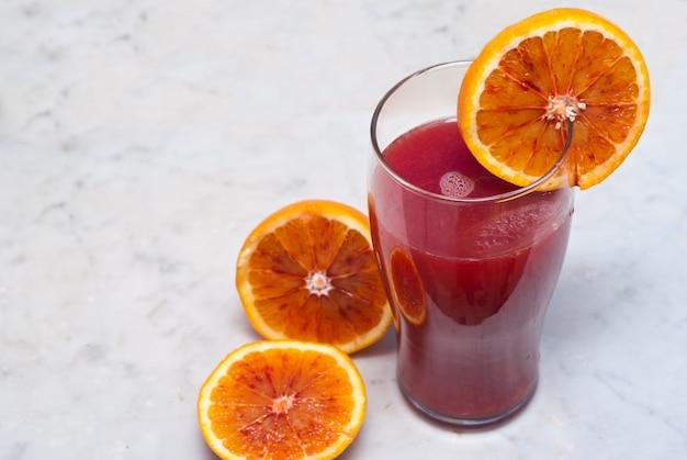Jugo de naranja sanguina
