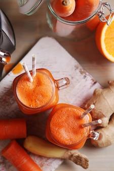 Jugo de zanahoria fresco