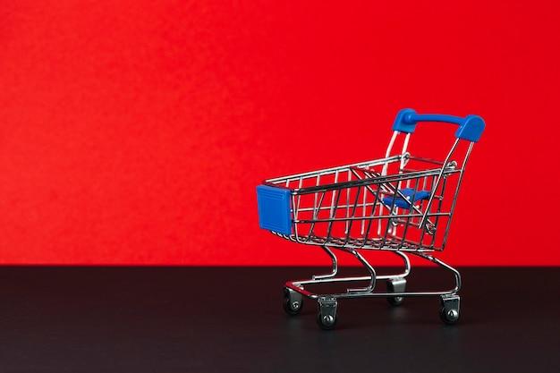 Juguete carrito de compras vacío