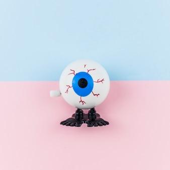 Juguete falso ojo azul