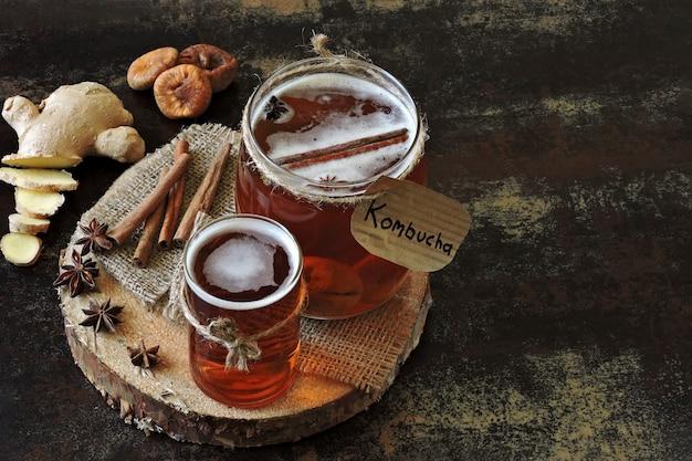 Kombucha bebida saludable fermentada