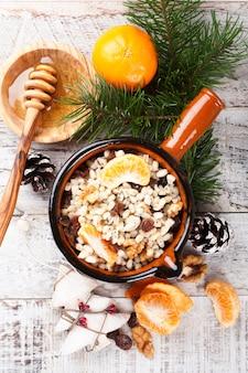 Kutia comida dulce tradicional navideña