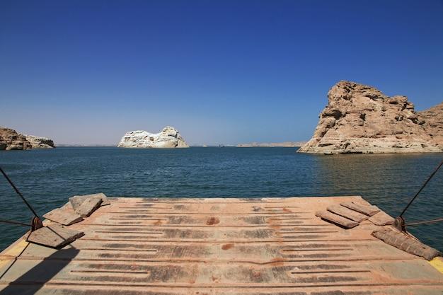 Lago nasser en egipto, áfrica