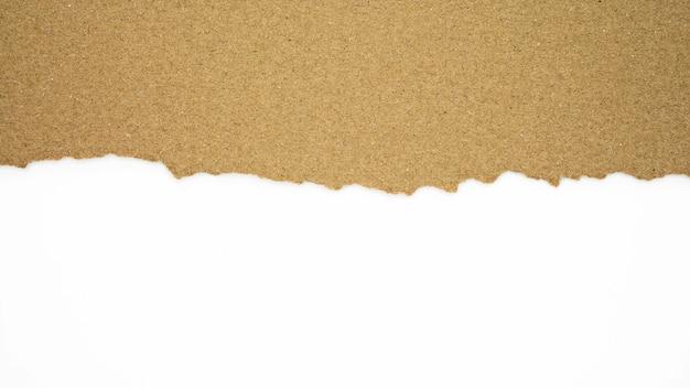 Lágrima de textura de papel reciclado marrón.