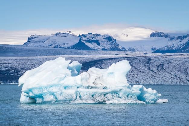 Laguna glaciar, jokulsarlon en islandia