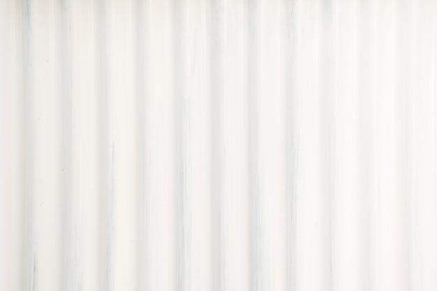 La lámina de zinc es de color blanco y textura de fondo