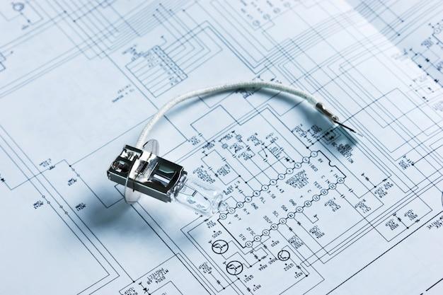 Lámpara halógena en circuito eléctrico
