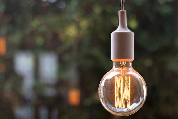 Lámpara incandescente antigua