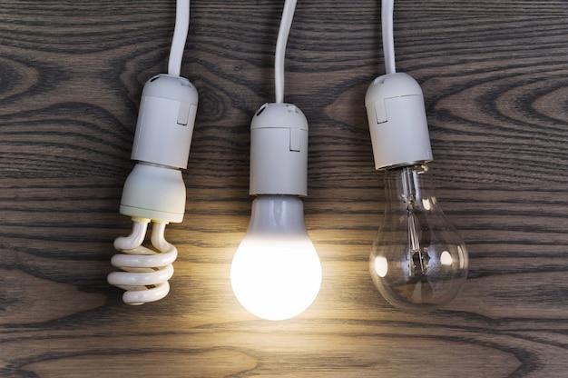 La lámpara led ahorra dinero.