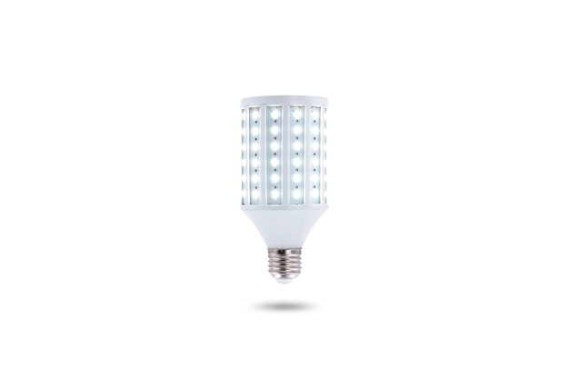 Lámpara led de bajo consumo, tapón de rosca e27 230v aislado sobre fondo blanco.