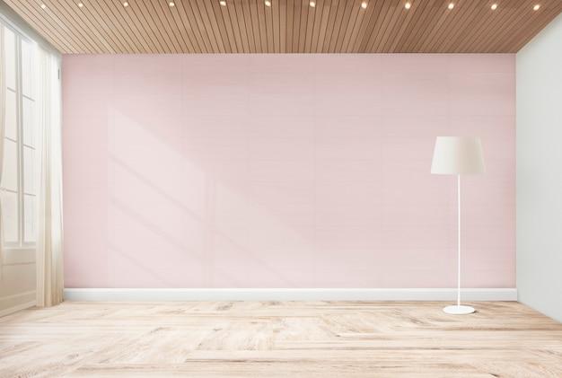 Lámpara de pie en una habitación rosa.