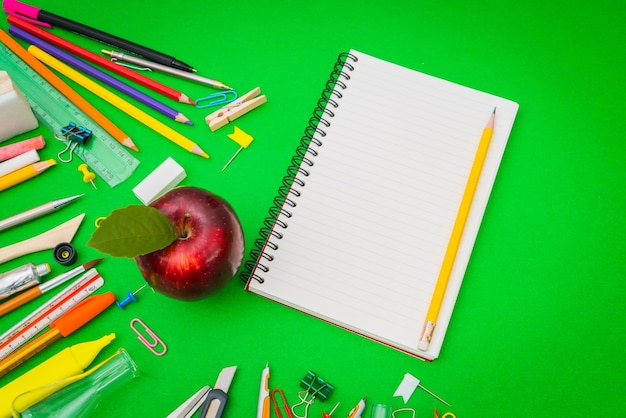 Lápiz bordo lápiz elementos para