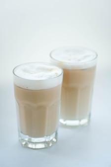 Latte en blanco