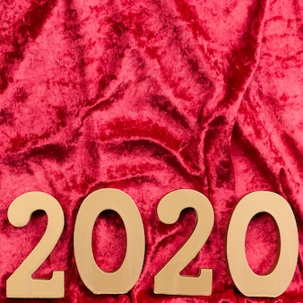 Lay flat de año nuevo chino en terciopelo rojo