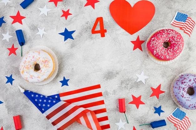 Lay flat de los atributos del día de la independencia americana