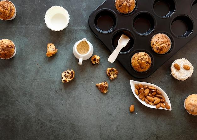 Lay flat del concepto de deliciosos cupcakes