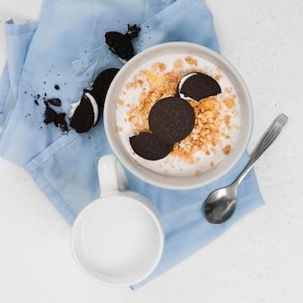 Lay flat del concepto de desayuno delicioso