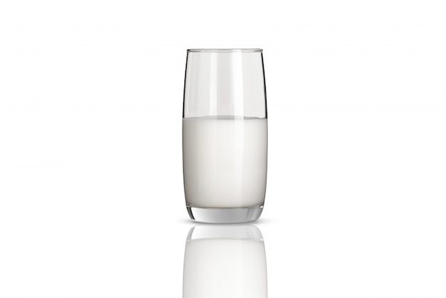Leche blanca en botella de vidrio sobre fondo blanco.