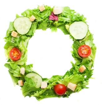 Letra o hecha con comida saludable