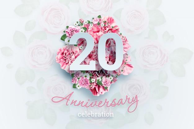 Letras creativas 20 números y texto de celebración de aniversario en flores rosadas, evento de celebración, plantilla, folleto