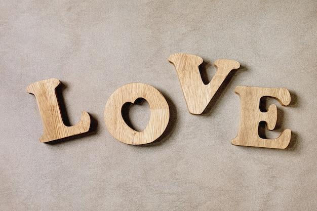 Letras de madera amor