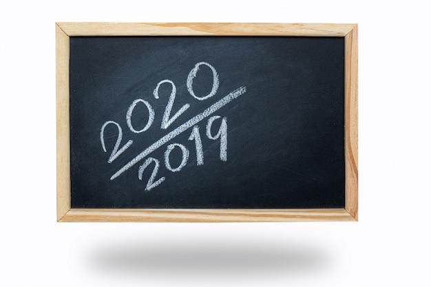 Letras de tiza 2020 en pizarra