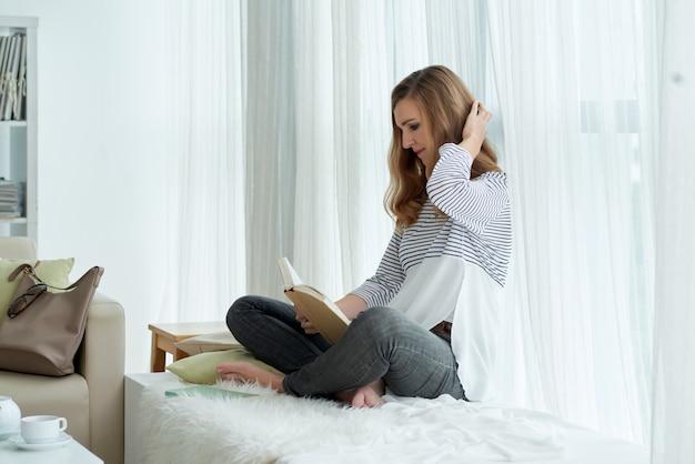 Leyendo una novela