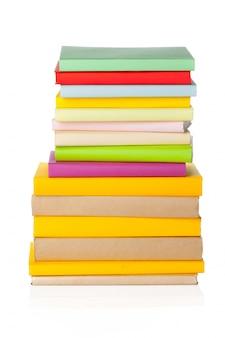 Libros aislados en blanco