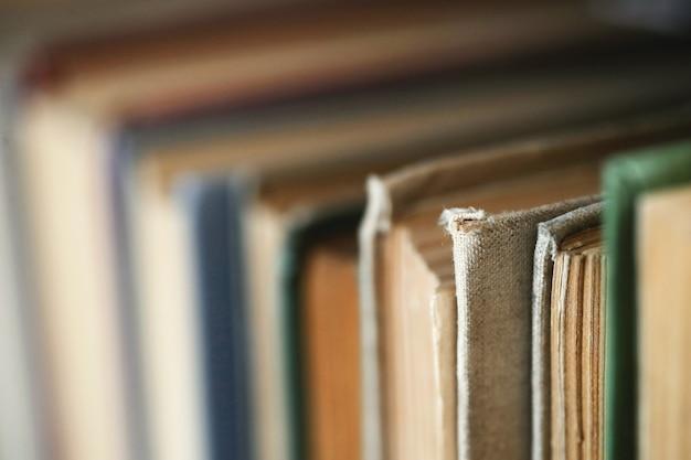 Libros en la biblioteca