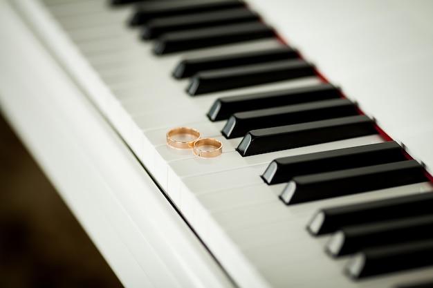 Liga de la novia, accesorios de novia